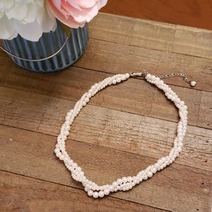 Baby pink faux pearl necklace